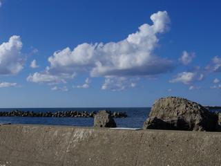 晴れの日本海