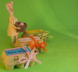 Uova benedette di Pasqua con coniglio