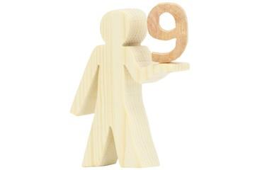 Holz Figur mit Zahl neun 9 freigestellt