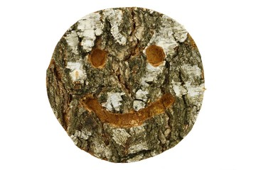 Holz Smiley aus Birke mit Rinde freigestellt