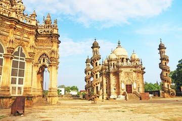mausoleum of the Wazir of Junagadh, Mohabbat Maqbara Palace juna