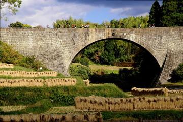 通潤橋と秋の行楽の季節