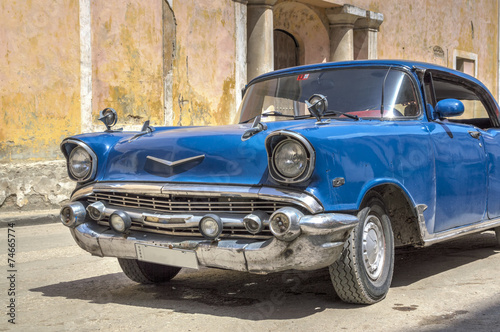 Aluminium Vintage cars Classic american blue car in Old Havana, Cuba