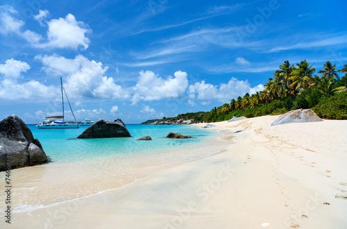 Papiers peints Caraibes Stunning beach at Caribbean
