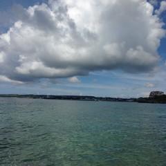 沖縄の空、海