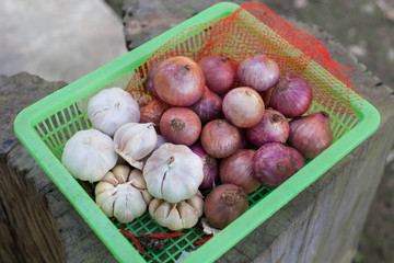 Garlic & Shallot are seasoning and ingredient of Thai food