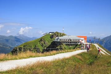 Bergstation und Wanderweg