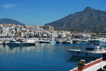 Puerto Banús, muelle, Marbella, Málaga, yates