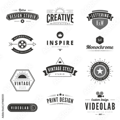 Vintage Retro Logos Labels vector. Typography Logo - 74683551