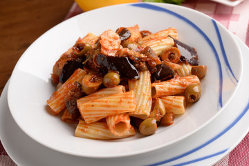 PASTA WITH TOMATO,AUBERGINE AND OLIVE