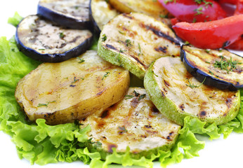 Grilled vegetables on lettuce leaves
