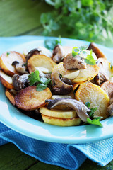 potatoes with oyster mushrooms