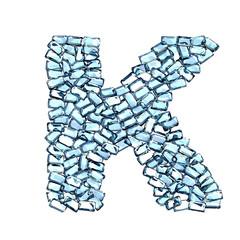 K lettera zaffiro blu azzurro gemme 3d, sfondo bianco