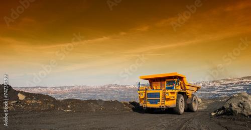 truck - 74738799