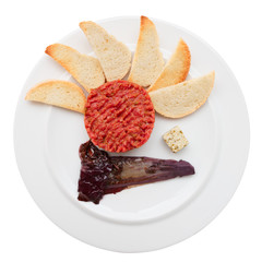 Tartare with toasts and chicory cooked in wine