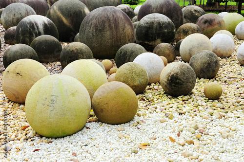 Round stone