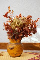 Dried bouquet in pot