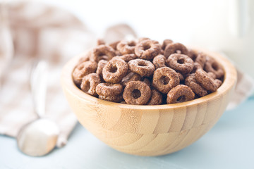 chocolate cereal rings