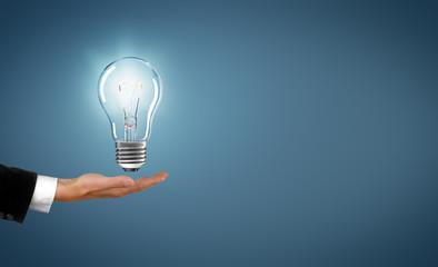 Lampe / Glühbirne / Konzept