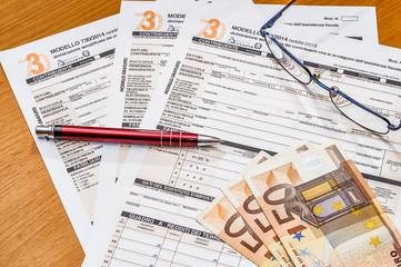 tasse e denaro