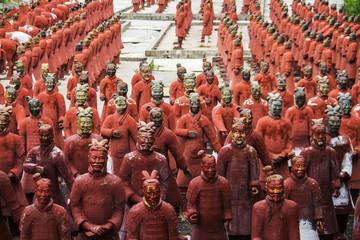 replica statues located in Buddha Eden park