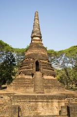 Руины старинной ступы храма Ват Нанг Пхайя. Си Сатчаналай
