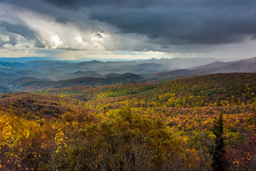 Autumn view from Rough Ridge, near the Blue Ridge Parkway in Nor