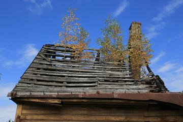 eingebrochenes Dach