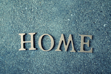 homeという文字と住宅イメージ