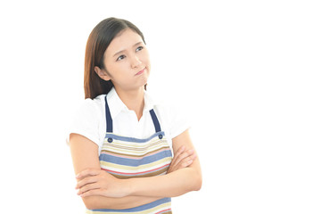 怒った表情の主婦