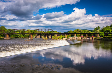 Dam and train bridge over the Delaware River in Easton, Pennsylv