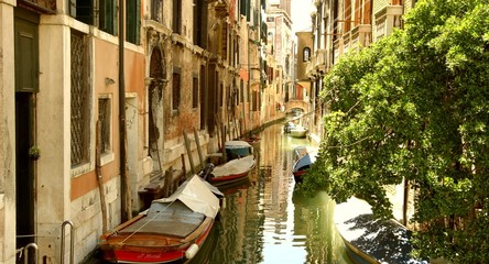Beautiful Venice Canal Vintage House Boat Sea Italy Vacation