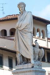 The famous poet Dante Alighieri's statue in Piazza Santa Croce i