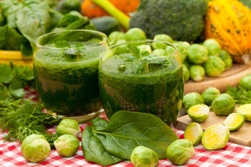 Green vegetables and pumpkins with spinach smoothies