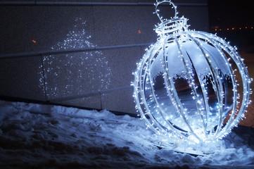 Большой новогодний шар