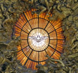 Friedenstaube Kirchenfenster Peterdom Rom