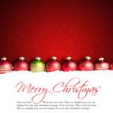 Weihnachtskugeln im Schnee mit Merry Christmas Schriftzug