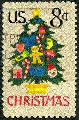 UNITED STATES OF AMERICA - 1973: Christmas Tree in Needlepoint