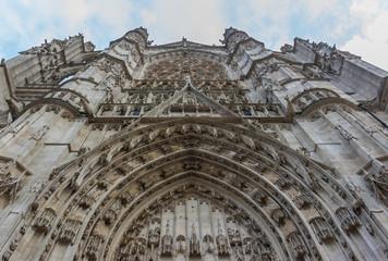Beauvais Kathedrale 01