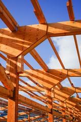 Holzbau - Dachkonstruktion eines neuen Rindviehstalles