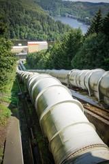 Talsperre - Wasserkraftwerk, Wasserleitungen
