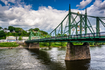 The Northampton Street Bridge over the Delaware River in Easton,