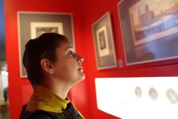 Tourist in museum