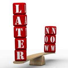 Сейчас или потом (Later or now). Сравнение на весах