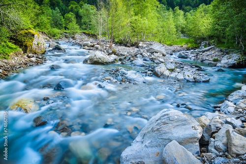 Tuinposter Rivier Rivière de montagne