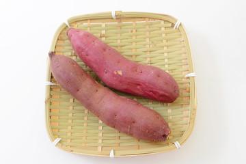 新鮮な薩摩芋