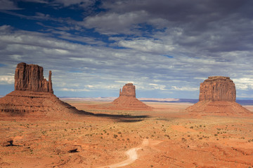 The Very Famous and Unique Buttes of Monument Valley in Utah sta
