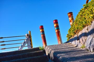 階段と青空