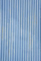 トタンの壁面