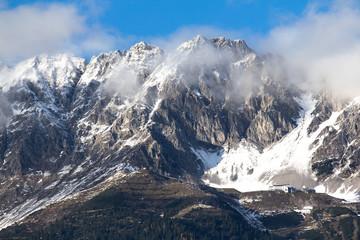 Berge-Innsbruck-Nordkette-Winterlandschaft